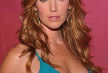 Poppy Montgomery / by Paully B.