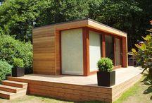 Tent & shipping container home / Contenedor de embarque / casa de campaña
