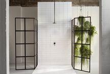 Shower Bathroom / Bathrooms with a shower Badezimmer ebenerdige Duschen