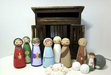 Peg people/dolls / by Zukkero Philato
