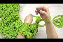 maglia con le mani