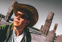 Zonas arqueológicas en México / En México hay muchos sitios o zonas arqueológicas que valen la pena visitar, como Chichén Itzá, Teotihuacán, Palenque, Tulum, Tajín, Tula, Uxmal o Cobá, por nombrar algunas.