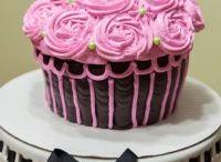 Cakes / by Paula L