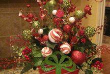 Christmas centerpieces / by Vonda Davis