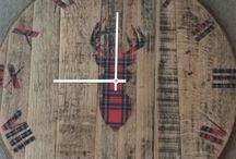 Clocks / Oak whiskey barrel lid