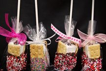 parties - smores Jessica's shower / by Kylie Stewart