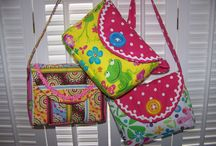 FREE fabric handbags to use with our Sale Attic