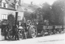 UK Traction engines roading (B&W)