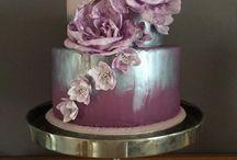 Wedding Cakes & Bouquets