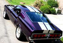 Purple Cars / by Daunine Martinez