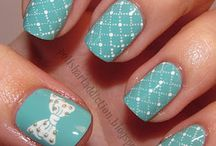 awesome nails, wish mine would look this cute / by Laura Gregory