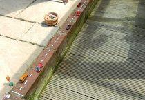 Garden fun / Garden ideas! Old bricks. Reusing unwanted it's to create a fun and welcoming play area.