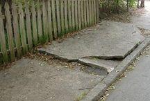House - Sidewalks - trottoirs