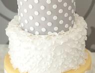 Cakes / by Amanda Phelps
