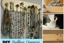 Wooden Necklace Organiser