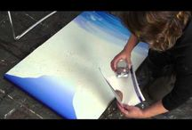 Art instruction videos by Linda MacAulay - Acrylic techniques / Videos of Australian Artist Linda MacAulay painting in acrylics and watercolour.  Watch her paint in acrylic, create texture, use crackle medium, work wet on wet and blend the perfect sky.