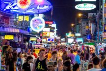 Interesting Places Near Chillax Resort / There are many interesting places to visit near the Chillax resort  Bangkok which is situated near the Khao San road area of Bangkok.