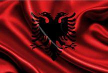 Storia, 'indipendenza dell'Albania, 28 Novembre, Bandiera Albanese