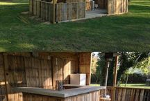 Outdoor bars / Pallet shed
