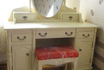 Туалетные столики и комоды