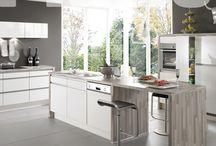 Kuchyňské studio DATART / Datart nejsou jenom ledničky a mikrovlnky – je to také kuchyňské studio, ve kterém vám naši specialisté pomohou při vývoji nové kuchyně od vytvoření designového návrhu až po jeho realizaci.