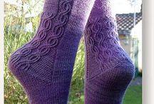 Strikkede sokker og tøffler
