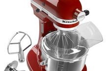 KITCHEN AID MIXERS / I own a red kitchen aid mixer and love it , but also love the other colors available... / by Maria Carrillo