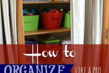 ORGANIZING / by Evelyn Baggett