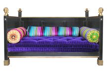 Elégance française / Des meubles d'époques revisités façon pop et gaie: toute l'élégance des intérieurs des belles maisons françaises sur le site Mon Chalet Design. Donner un coup de jeune et de raffinement à votre déco chalet; #meublefrançais #meublesmoissonnier, #chaletdécopop
