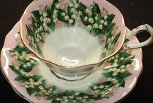 Tea Cups & Saucers