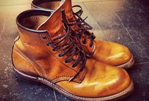boot & sneaker