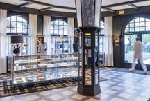 La Boutique / Installé au coeur du Lobby, la Boutique est à l'image des lieux : authentique, élégant et pertinent.