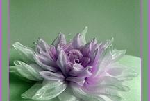 kanzasci / flori din materiale textile