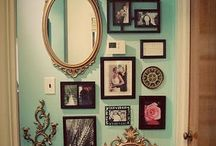 Decorating walls with vintage picture frames