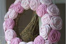 Rózsakoszorúk, textile rose wreaths / Handmade wreaths