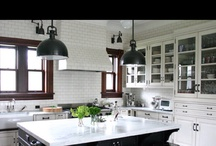 Kitchens / by Lisa Wright