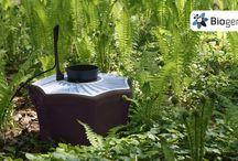 Biogents-Stechmückenfalle / Die Mückenfallen sind umweltfreundliche und hoch-effiziente Mückenfallen für den Garten. Die Gründer der Biogents AG entschlüsselten die Faktoren, die den Menschen für Mücken so anziehend machen. Das Ergebnis: Wärmekonvektion, Kohlendioxid (CO2) (wird verwendet in der Version gegen alle Stechmücken), Hautgeruch und Hell-Dunkel-Kontraste. Sie saugt die anfliegenden Mücken in einen Fangbeutel, aus dem sie nicht entkommen können.