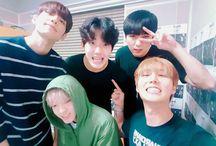 DAY6 (데이식스) / Bias : Young K Bias Wrecker : Jae & Wonpil Members : Sungjin, Young K, Dowoon, Wonpil, Jae Fandom Name : My Day Former Member : Junhyeok