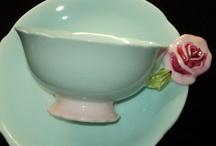 Flower  handle teacup / by Kahoko Makoshi