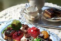 Tea Time. وقت الشاي