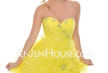 homecoming/prom dresses!! / by Courtney Alexander