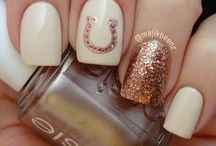 Girly Things - Nail Designs