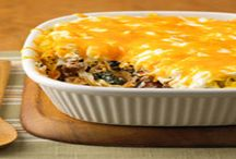 casserole recipes / by Leslie Saunders