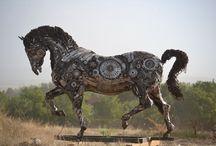 Hurda heykeltraşı Cem Özkan