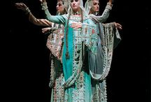 Theatrical & Film Costumes - Breathtakingly Awesome! / Theatrical & Film Costumes - Breathtakingly Awesome!