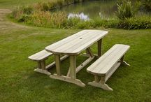Anchor Fast Devon Dining Table and Bench Set / Anchor Fast Devon Dining Table and Bench Set