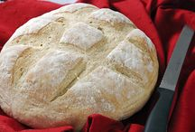 bust out the bread machine  / love this kitchen gadget