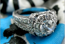 Cubic Zirconia Estate Rings  / Cubic Zirconia Estate Rings we provide have AAA high quality, IGI certified world's finest Cubic Zirconia stones set in precious metals, such as solid Platinum, 18k yellow gold, 14k white gold, 14k yellow gold and 14k rose gold settings.