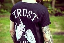 Trust The Barber  / http://wepeaceit-apparel.pl/shop/