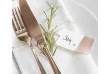 Mariage Rose Gold - Sélection Instemporel / C'est la grande tendance en 2018 : le rose gold ! En panne d'inspiration pour votre décoration de mariage ? Laissez-vous séduire par ce thème élégant et chic qui plaira à coup sûr à vos convives !